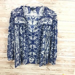 Lucky Brand Blue White Pattern Blouse Size Large